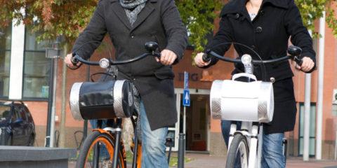 Onze klant zocht een hippe dertiger voor de nieuwe brochures over zijn Big Feet Bikes. De modellen konden hem niet bekoren, maar de man áchter de camera paste precies in zijn doelgroep. En dus legde Patrick van Gemert de camera opzij om zelf gefotografeerd te worden. Misschien het prototype dertiger voor Big Feet Bikes, maar Patrick op een fiets is wel redelijk uitzonderlijk…