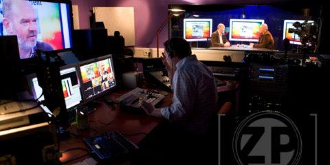 Het Ondernemerscafé is in 2010 live te volgen op RegioZ.nl; een journalistieke website met nieuws en achtergronden voor ondernemers om hen te informeren en inspireren. RegioZ is een uitgave van Crystal Park New Media uit Brummen.