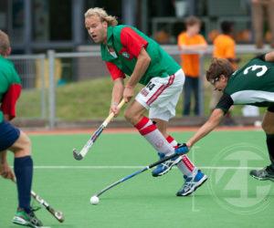 Het team van de Boekaniers bestaat uit spelers die allemaal actief zijn (geweest) op het hoogste landelijke niveau. Ook Floris Evers speelde zaterdag mee in Zutphen, hij kwam voor Nederland uit in het Olympisch team waar de hockeyers in Londen op de 2e plaats eindigden.