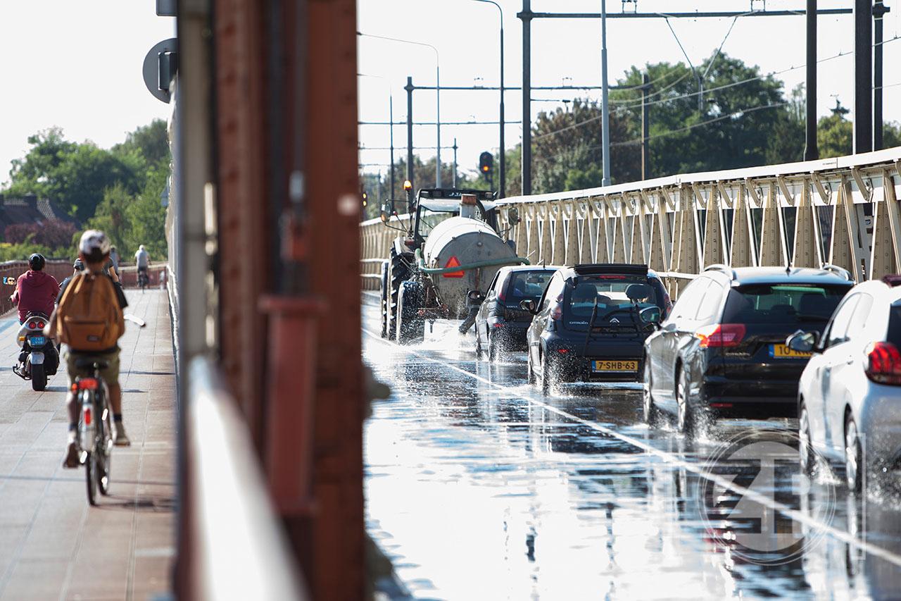 Verkoeling voor de IJsselbrug ©Patrick van Gemert